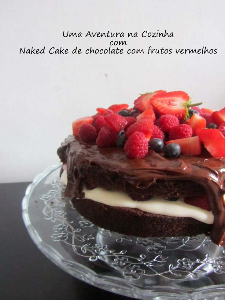 Naked Cake de chocolate com frutos vermelhos