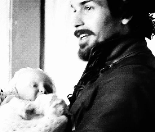 Aramis and baby Henry...dawwwwww..... 1x6 - The exiles.