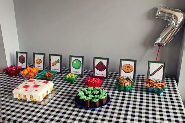 Minecraft-verjaardag: ideeën voor een feesttafel, versieringen en spelletjes.
