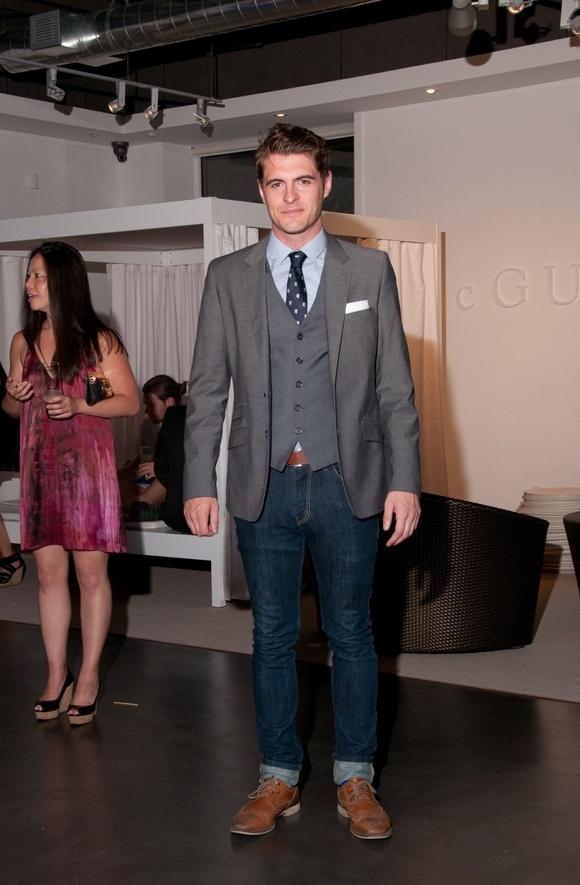 Grey Suit Jacket And Vest Dark Jeans Blue Dress Shirt