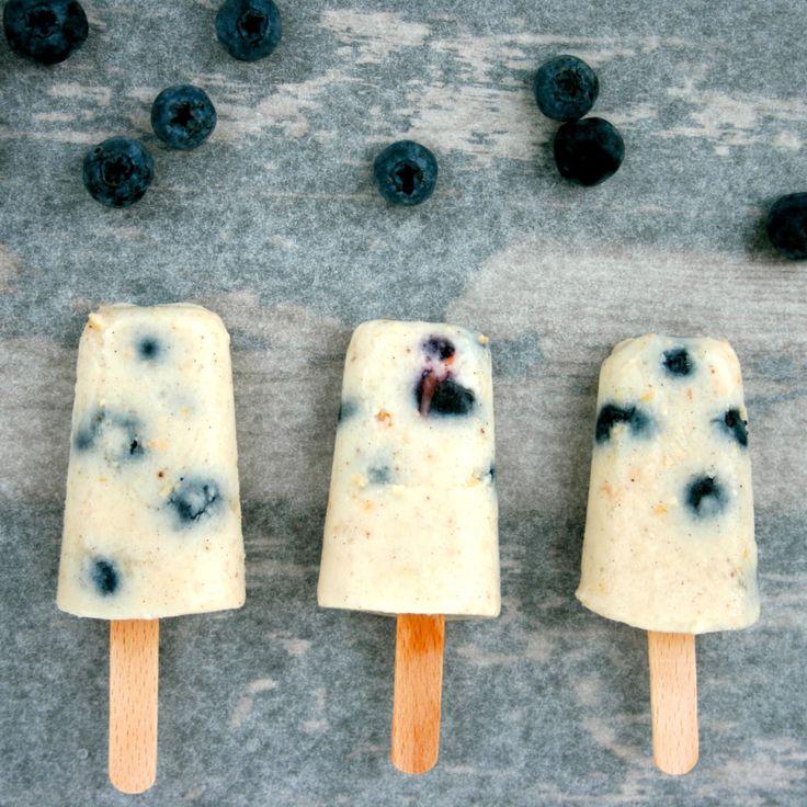 Is til morgenmad - sunde is med blåbær, müsli og vaniljeyoghurt - Mit livs kogebog