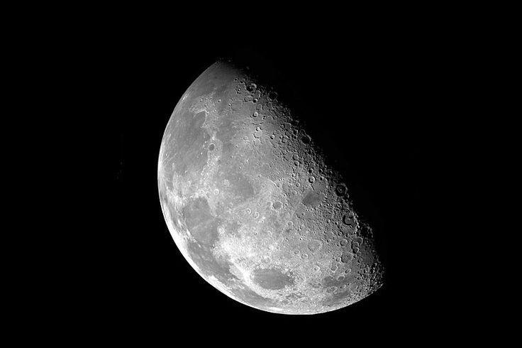 Tips de Cómo fotografiar la luna - 7 Consejos Clave Para Hacer Fotos a la Luna http://www.dzoom.org.es/7-consejos-basicos-para-hacer-fotos-a-la-luna/ fotografía, foto, fotografías de noche