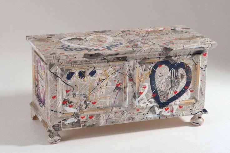 Arredi e mobili originali dipinti a mano http://www.giuncocasa.com/mobili%20colorati.htm