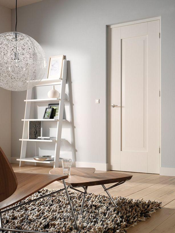 Mooie balans van kleuren een ruim interieur met een mooie balans tussen de kleuren van de muur - Grijze kleur donkerder ...