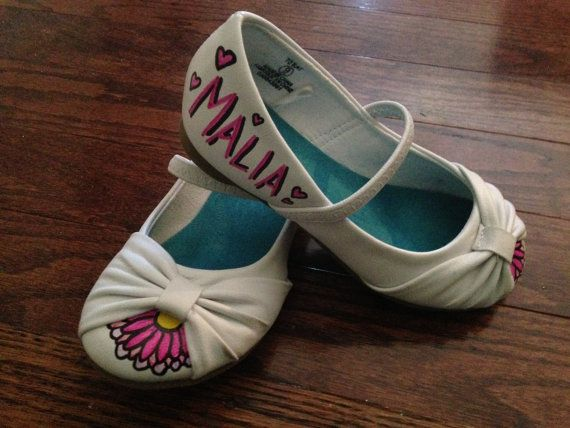 Personalized Little Girl Dress Shoes. by ACRAFTYKING on Etsy