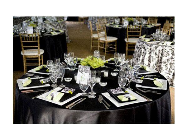 Sin duda, los colores elegidos marcan absolutamente el estilo de una boda, c¡omo está en blanco y negro!