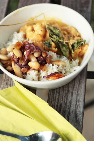 Indian rice with fried onions