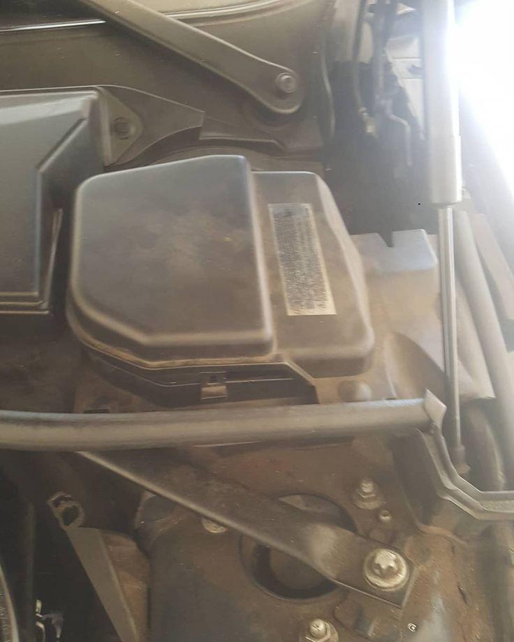 Driverside cover for brake fluid @auto81 #car #sportscars #bmw #335i #turbo #boosted #bristowva #recycle #luxurycars #brakeservice #brakes #fluid #german #germany #import #luxury #instagram #insta #gainesvilleva #autoeightyone #housecall #autos #auto81 #local #supportlocal #virginia #northernvirginia #mechanic #follower
