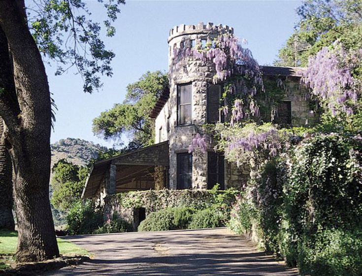 The Napa Valley Guide | The historic, ivy-covered stone building where Stags' Leap hosts its tastings was built in 1890 using stone mined in a local quarry. The building and its lush grounds, which feature a bocce court, fruit orchard, native plant gardens, and an ancient stone cellar, are steeped in the history of the region.