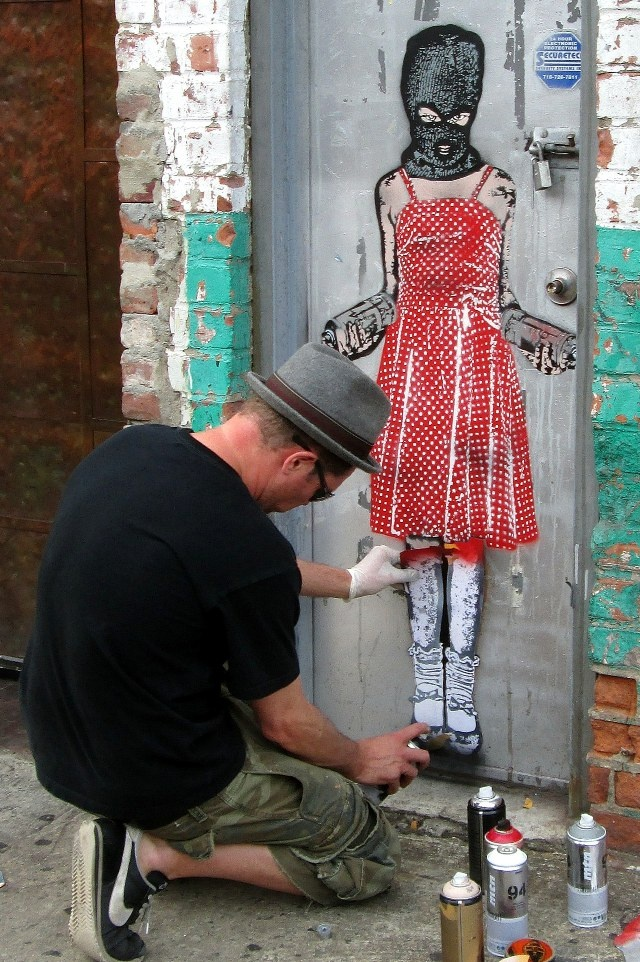 Vandalog – A Street Art Blog » Nick Walker's been busy in NYC
