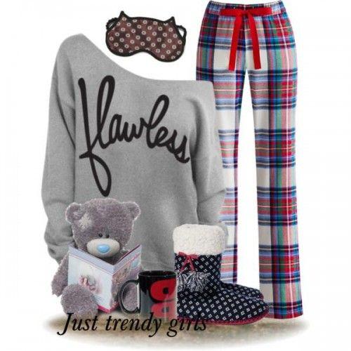 Christmas pajamas, Girly cute pajamas http://www.justtrendygirls.com/girly-cute-pajamas/