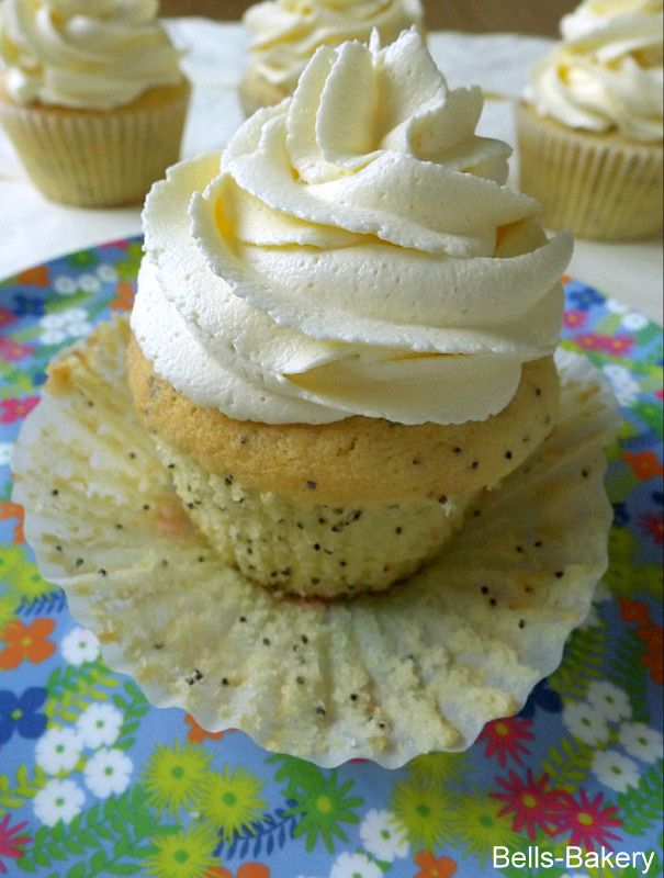 ... : Lemon and Poppy Seed Cupcakes with Vanilla Buttercream frosting