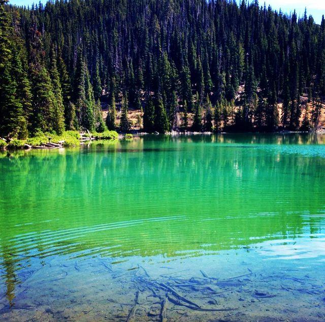 Devils Lake, Oregon. Central Oregon, Cascade Lakes