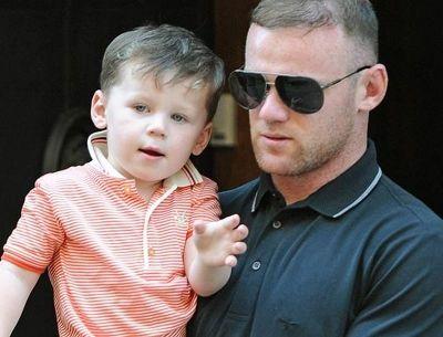 Ο γιος του Wayne Rooney ντυμένος... Michael Jackson!
