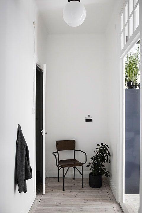 Fönster stol hall Långholmsgatan