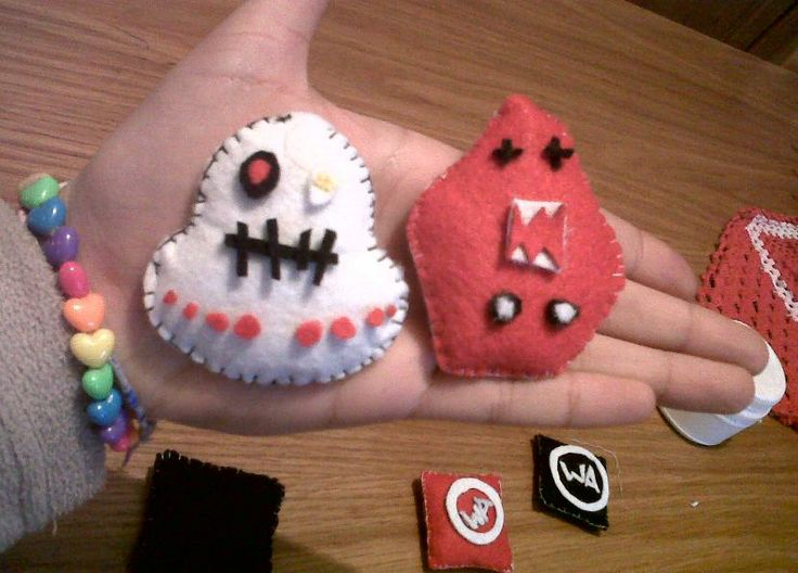 My lil' #CREEPS under construction :) #EggEye #LilRedDevil #fun @CREEPS By Cubbins