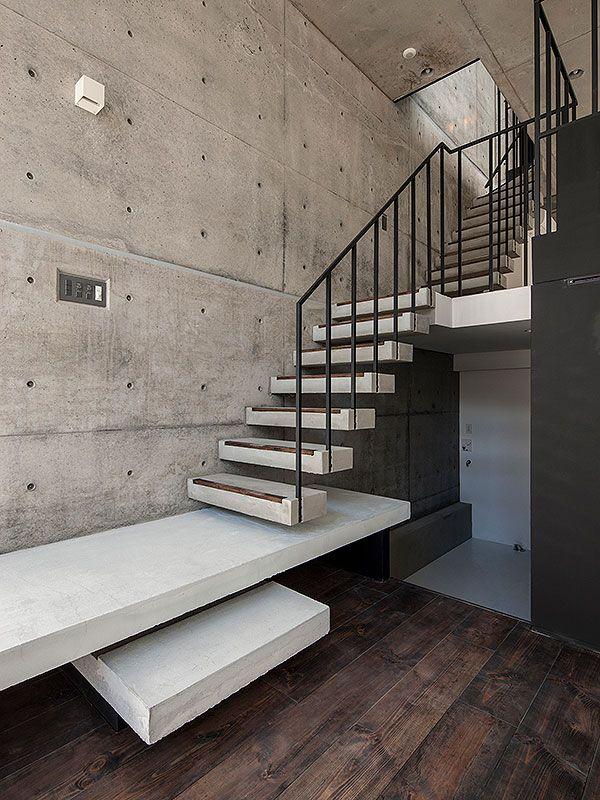 コーポラティブハウスドットコムでは、単なるデザイナーズマンションなどではなく、自分らしい住まい、こだわりの住まいをサポートしています。弊社の企画するコーポラティブハウスでは、自由設計で間取りや仕上げを好みにアレンジできる、デザインと機能が両立する住宅、住空間の実現を目指しています。