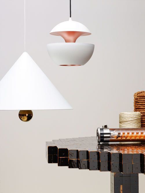 Light meets design with an Elgar 70 Copper on the table