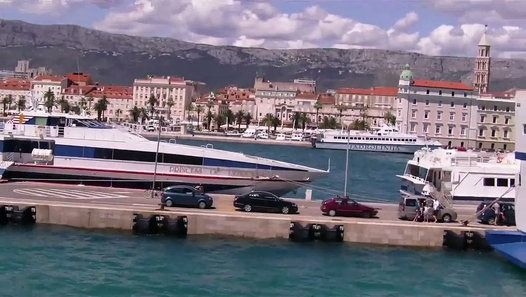 Split, Port w centrum miasta. #chorwacja #split #dalmacja http://www.dailymotion.com/video/x3ojkbv_port-w-splicie_travel