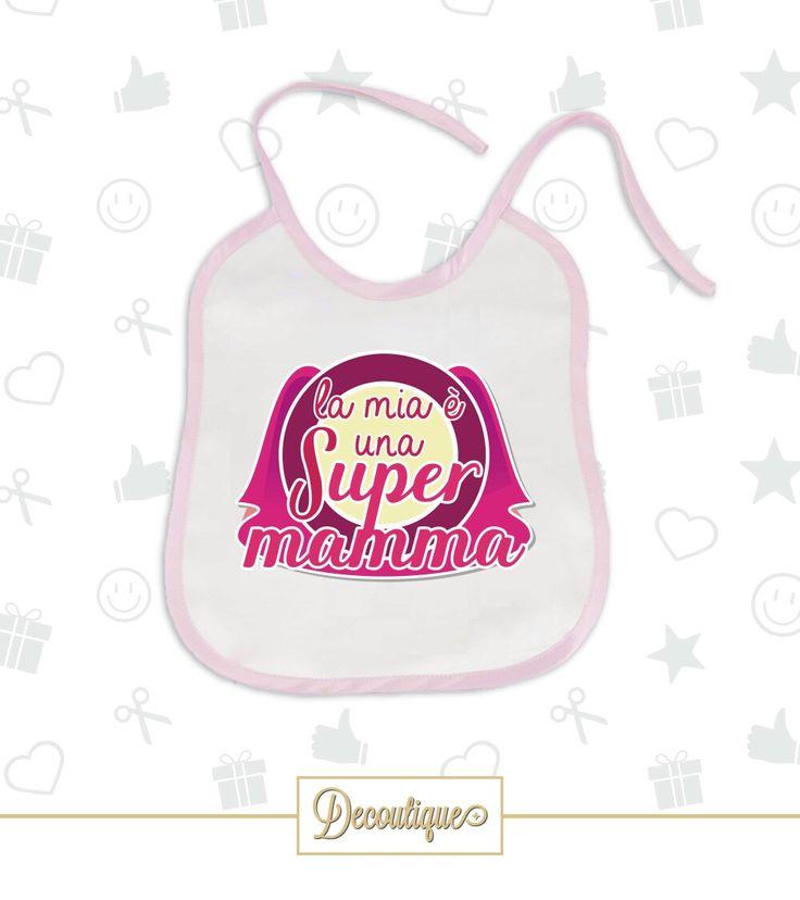 BAVETTO ROSA #bavetto #rosa #baby #bimba #born #neonato #pappa #child #pink #girl #handmade #idearegalo #gravidanza #neomamma #mamma #regalo #nascita #animation #mum #supermamma #eroina #heros #italia #napoli Codice: BVT018 Prezzo: 6,00 € Spedizione in Italia: 2,00 €  Per prenotare il tuo Bavetto contattaci in privato o all'indirizzo email info@decoutique.it Personalizza il tuo Bavetto con lo stile più adatto a te. Affidati a noi per la tua proposta grafica!
