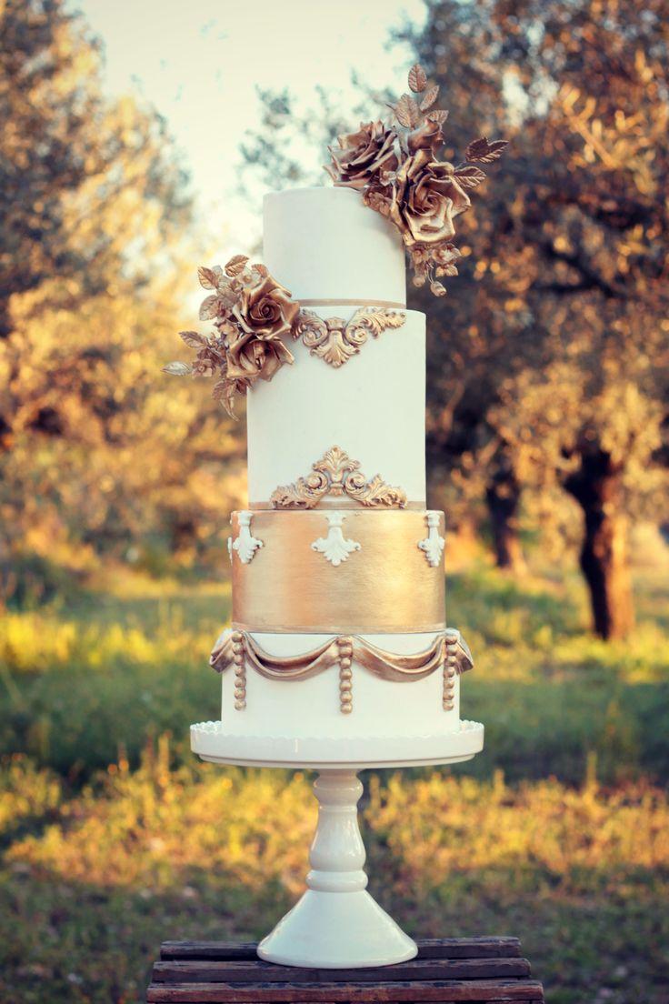 Opera Wedding Cake  #cake #weddingcake #ledouxcollage #fondant #vintagewedding #sugarflower #sugarcraft  Contact Us ledouxcollage@gmail.com www.facebook.com/ledouxcollage