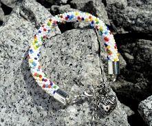 Full of colors handmade bracelet. Enjoy!