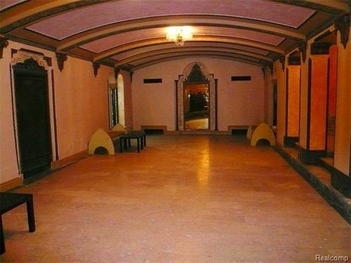 The Famous Berry Gordy 'Motown Mansion' Wants $1.3M - Motown Wire - Curbed Detroit