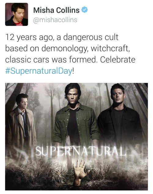 Misha on twitter, happy supernatural day!!!