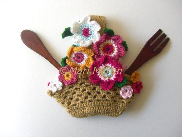 Pattern Pot Holder Flowers Basket . Spring Decor by MariMartin, $4.00