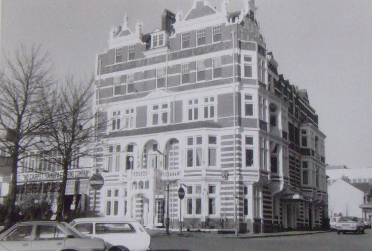 Grand Pier Hotel, Grove Road (now demolished) Home to John Charles Moss & Flora Mary McPherson (great grandparents) from 1906 to 1933