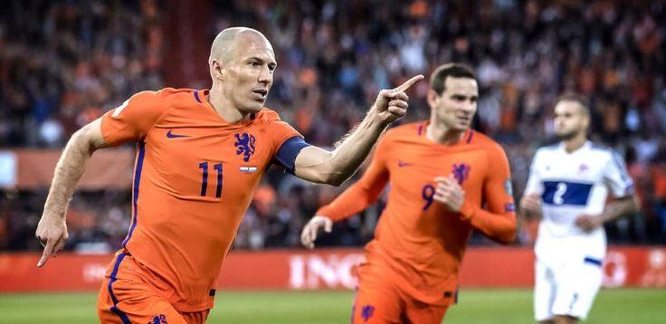Arjen Robben viert zijn doelpunt. Nederland - Luxemburg. 2017-06-09
