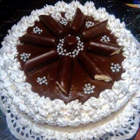Egy finom Ünnepi túró rudi torta ebédre vagy vacsorára? Ünnepi túró rudi torta Receptek a Mindmegette.hu Recept gyűjteményében!