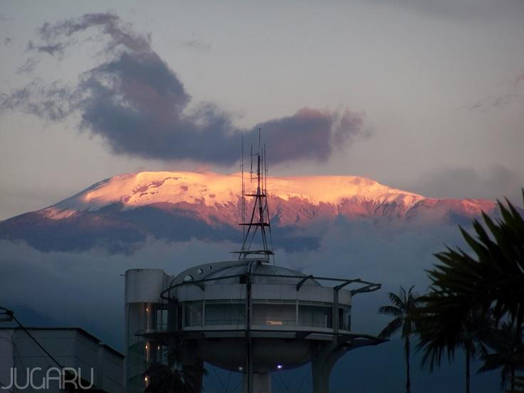Dos miradores..., uno más cerca del cielo.  Manizales - Caldas - Colombia (Volcán Nevado del Ruiz)