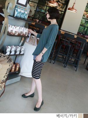 korean fashion online store [COCOBLACK] Stripe BandingSK / Size : FREE / Price : 25.21 USD #korea #fashion #style #fashionshop #cocoblack #missyfashion #missy #skirt #dailylook #bandingskirt #stripepattern
