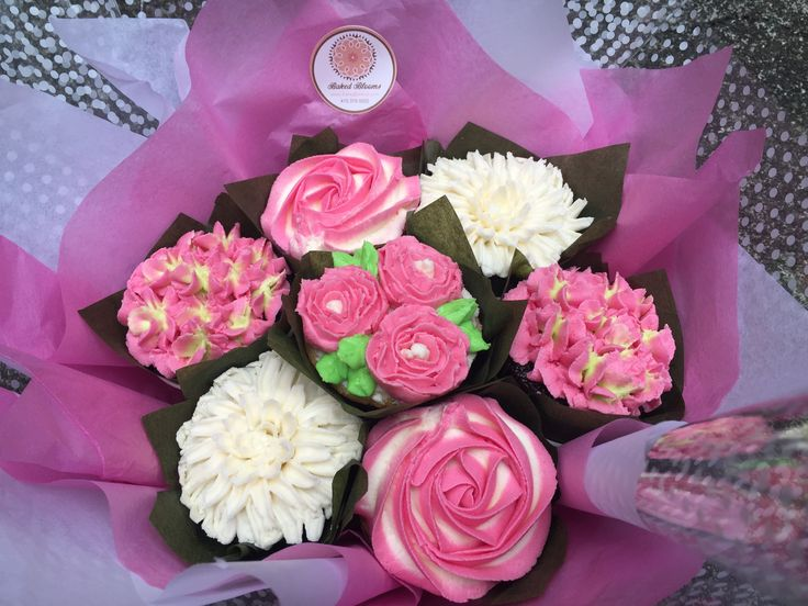 502 best Cupcake Bouquet images on Pinterest   Cupcake bouquets ...