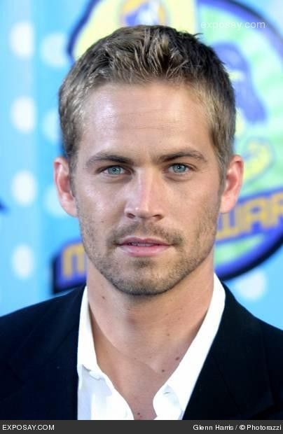 Paul Walker, God bless his soul! Know him from the Fast and the Furious films and his friendship with Vin Diesel was beautiful, as well as on-screen as off-screen.
