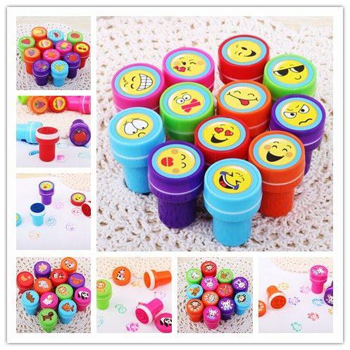 6 STÜCKE Selbst tinte Briefmarken Kinder spielzeug Gastgeschenke Event Supplies für Geburtstagsgeschenk Jungen Mädchen Goody Bag Pinata füllstoffe Spaß Schreibwaren