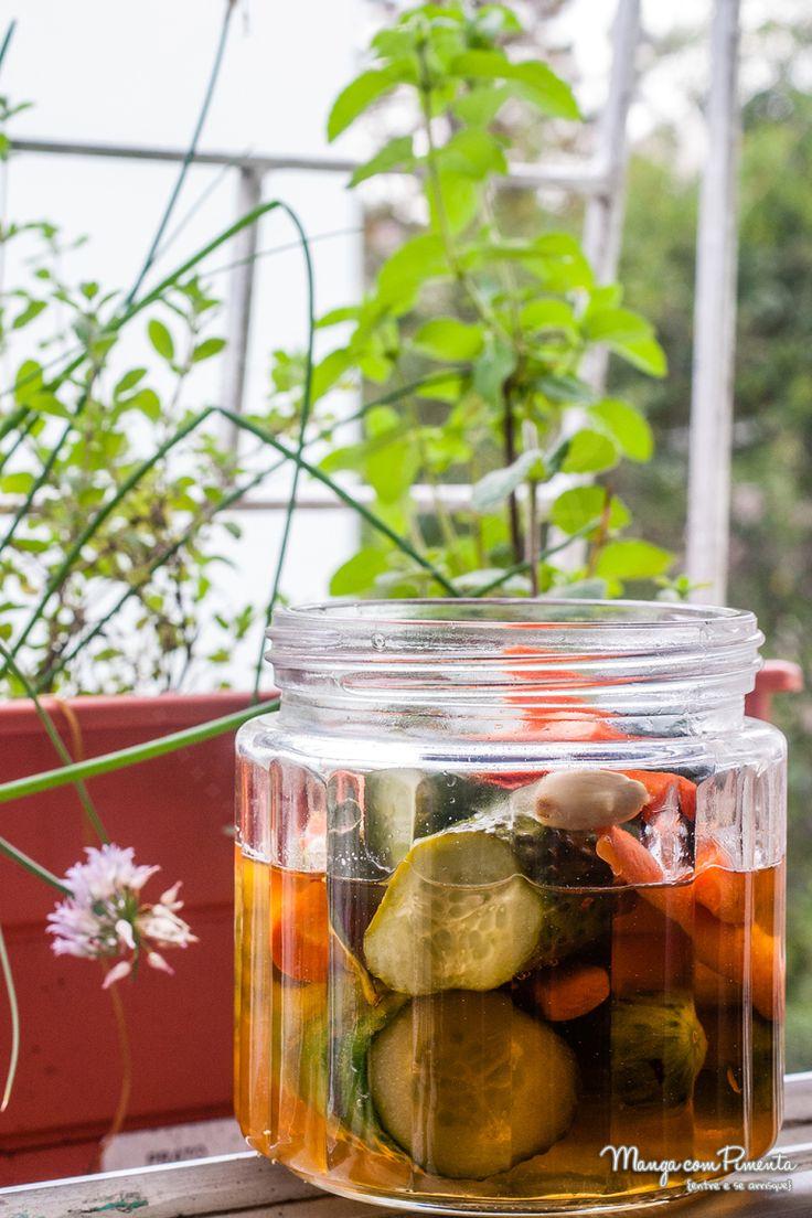 Receita de Conserva {Picles} de pepino e cenoura