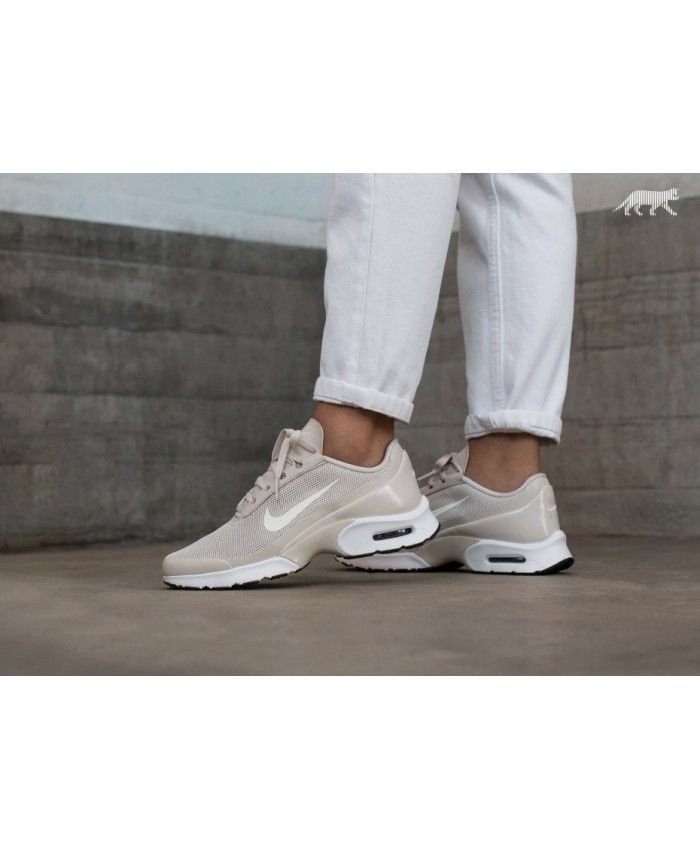 buy popular b2eeb 3ca22 Womens Nike Wmns Air Max Jewell Light Orewood Brown Sail Black White Trainer