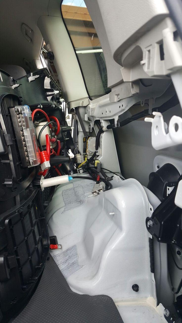 Rear Quater panel mounted electrics | Dual Battery system - Landcruiser 200 series | Pinterest | Land cruiser