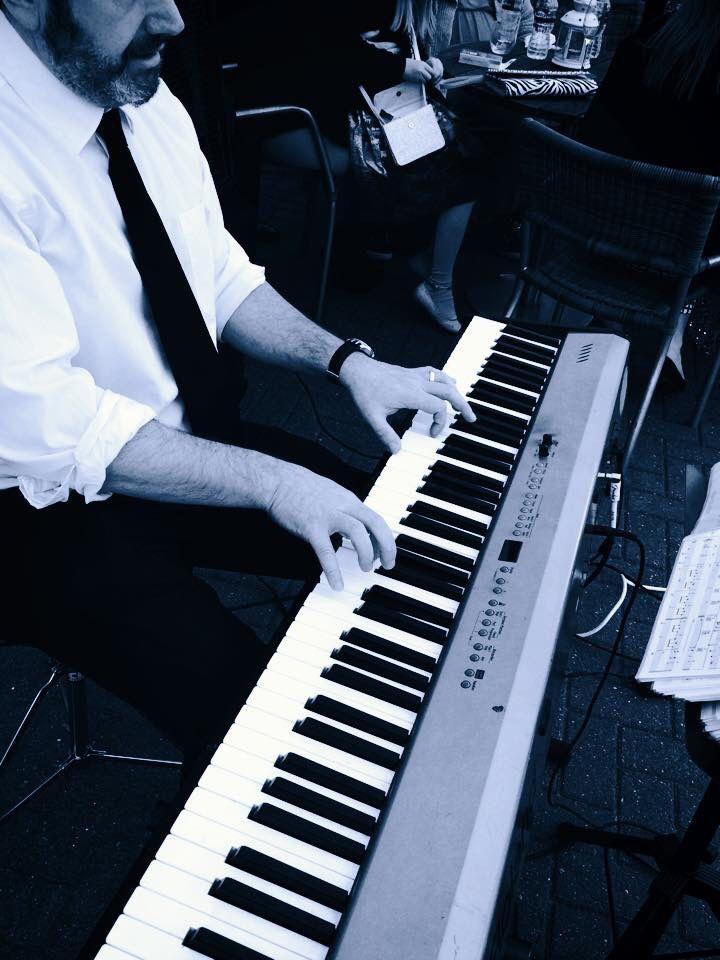 Afternoon Jazz LoughboroughLeicesterfentonesweddingpartyNottinghamlive Band