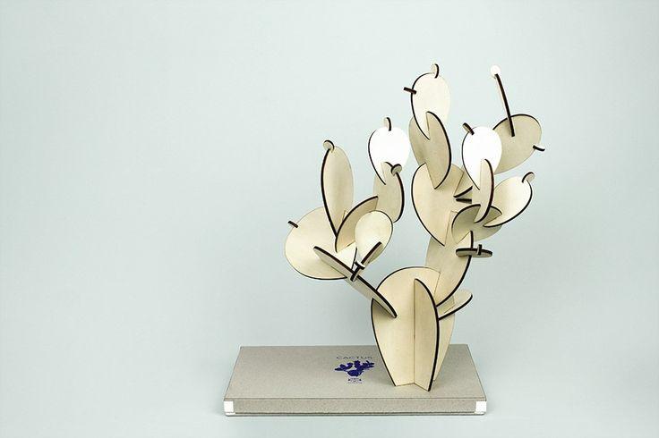 Le cactus en bois loveliness from @papiertigre