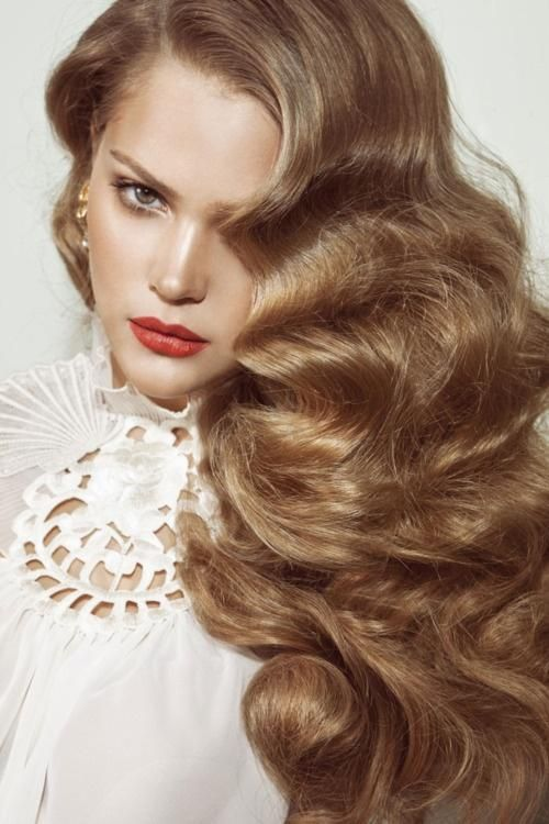 Old Hollywood Style big hair (link is eh but hair is beautiful)