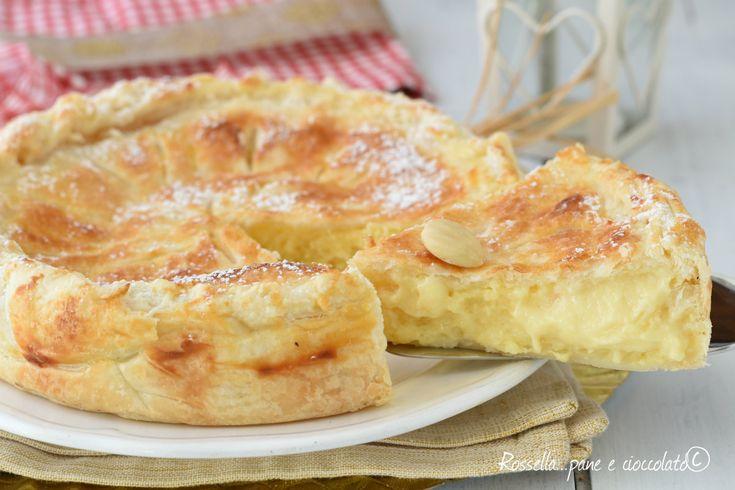 La TORTA DEI RE MAGI di pasta sfoglia e' un dolce tradizionale francese che si fa nel periodo della BEFANA perfetto da regalare