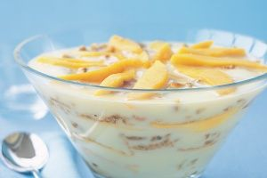 Mango and macaroon trifle