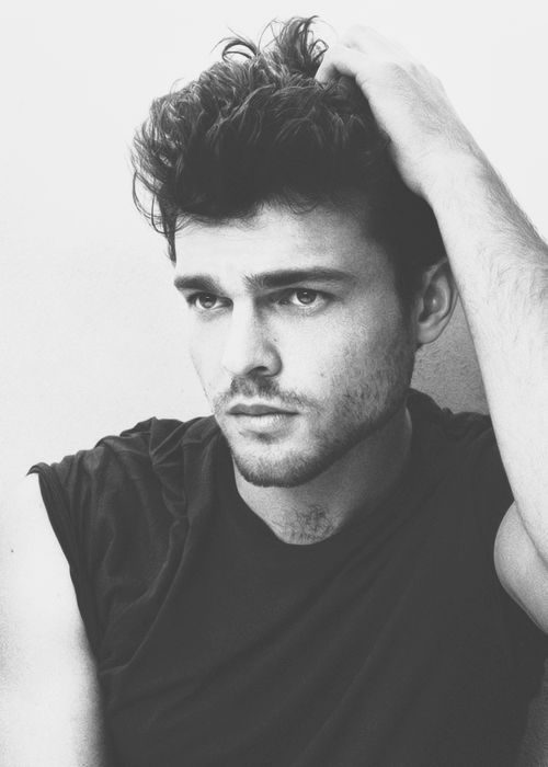 Alden Ehrenreich ~ Beautiful Creatures Actor ~ Perfect ~ Hot ~ Handsome ~ We're definitely married he just doesn't know it yet.