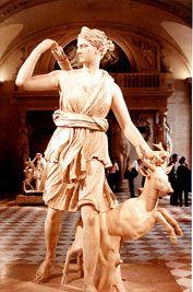 Artemis, Godin van de Jacht en de Maan...