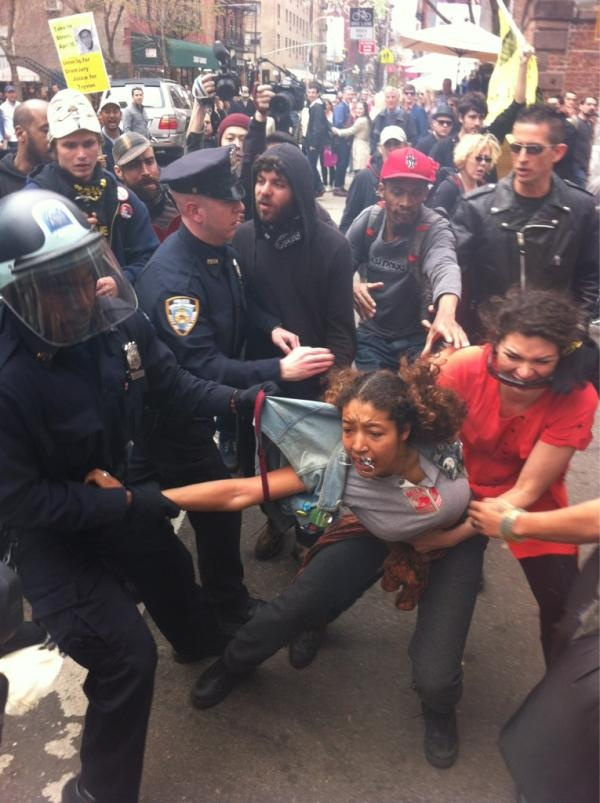 NYPD assault a 16-year-old woman at a peaceful anti-police brutality demonstration