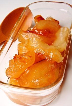 「コトコト煮るだけ♪はちみつりんごのコンポート」りんごをはちみつシロップでコトコト煮るだけ♪キャラメル色したはちみつりんごコンポートの出来上がり☆トーストに塗ったりパイのフィリングにどうぞ(#^.^#)【楽天レシピ】