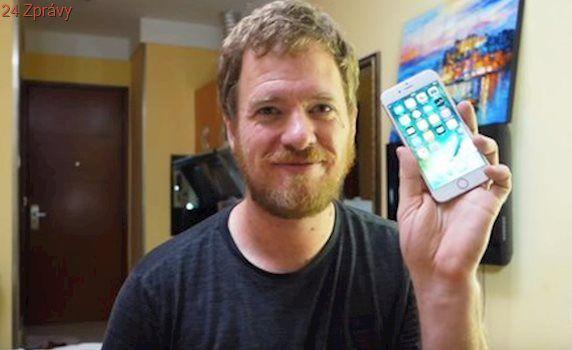 Video: Chcete ušetřit a vyrobit si vlastní iPhone? Tento muž vám ukáže, jak na to!